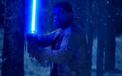 Nový teaser pre Star Wars odhaľuje, kto bude nosiť svetelný meč!