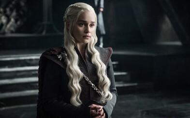 Nový trailer pre Game of Thrones nám ukazuje epické bitky a slizké intrigy, ktoré môžeme očakávať v najbližších týždňoch