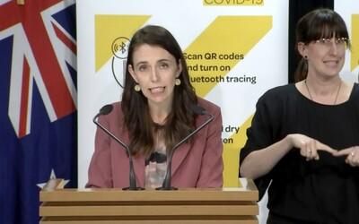 """Nový Zéland zavádza celoštátny tvrdý lockdown po jednom potvrdenom prípade. Premiérka sa riadi metódou """"rýchlo a tvrdo"""""""