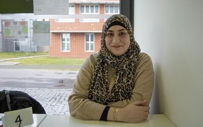 Nur Ashraf Bekai učí romské děti ve vyloučené lokalitě. Do Česka přišla z Libanonu (Rozhovor)