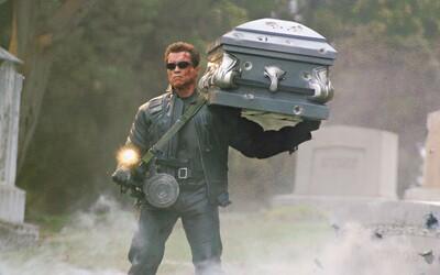 O pár mesiacov nás čaká veľkolepé oznámenie ohľadom budúcnosti filmov o Terminátorovi. Vráti sa Cameron a ukončí éru Schwarzeneggera?