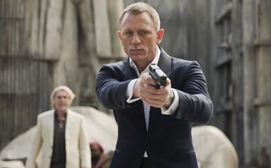 O tom, ako vraj pár obyčajných kožených rukavíc Daniela Craiga takmer pokazil bondovku Skyfall