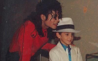 Obete údajného sexuálneho zneužívania Michaela Jacksona sa konečne môžu súdiť so spoločnosťami zosnulého speváka