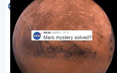 Objavila NASA na Marse tečúcu vodu? Nečakaná tlačová konferencia v pondelok vraj objasní záhadu červenej planéty