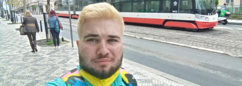 Objektofil Dominik: Každá sanitka mercedeska je moje milenka nebo manželka, míváme i pravidelný sex (Rozhovor)