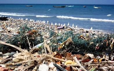 Objem plastov v oceánoch sa strojnásobí. Ľudstvo vypúšťa príliš veľa odpadových vôd do riek a morí