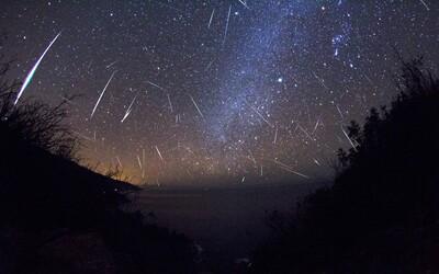 Obloha bude přes víkend plná meteorů. Padat budou skoro každou minutu