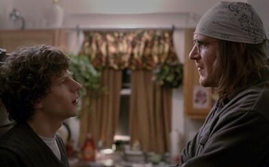 Obrovský hit z festivalu Sundance s Eisenbergom odkrýva v prvom traileri 14 rokov zabudnutý rozhovor