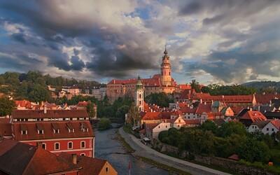 Obyvatelé Českého Krumlova dostanou zaplaceno, aby mohli žít normální život. Turistická centra jsou vyloučené lokality, říká autorka nápadu