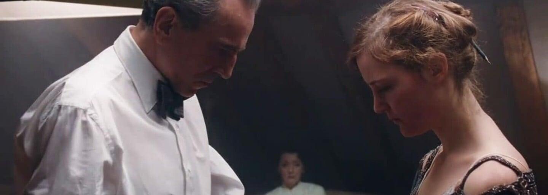 Očakávaný a posledný film brilantného Daniela Day-Lewisa Phantom Thread budú môcť niektorí diváci vidieť už mesiac pred premiérou