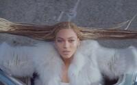 Očarujúca Beyoncé v novom videosingli Formation znova dokazuje, prečo ju nazývajú kráľovná