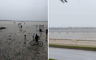 Oceán po hurikáne Irma zmizol aj na Floride. Ľudia kráčali desiatky metrov po miestach, kde bola pred pár hodinami voda