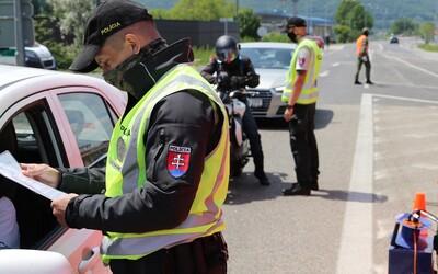 Od 1,5 až po 3,3 promile. Bratislavskí policajti zastavili rovnaký Mercedes trikrát za deň, trikrát ho šoféroval opitý vodič