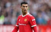 Od chvíle, kdy přišel Ronaldo, ostatní hráči Manchesteru United nechtějí jíst dezerty. Mají strach, že by se jim smál