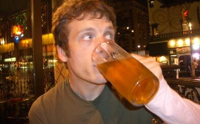 Odíďme z práce a poďme radšej na pivo, nemôžu nás vyhodiť všetkých. Nový event sa smeje z útoku na Area 51