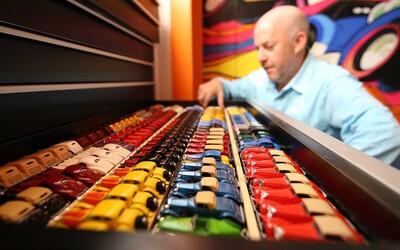 Odmalička miloval autíčka a dnes má jeho Hot Wheels kolekce hodnotu přes 1 milion dolarů