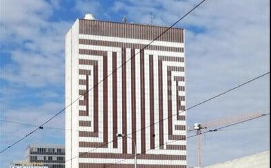 Odporná budova Hotelu Kyjev vyzerá inak! Fasáda bratislavskej stavby prešla významnými zmenami