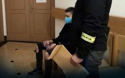 Odsúdili 15-ročného školáka z Liptova, ktorý pre 120 eur surovo zavraždil dôchodcu. Dostal 9 rokov