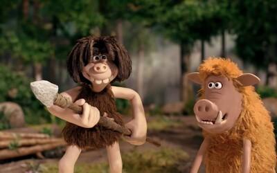 Odvážny jaskynný človek loví šabľozubé králiky vo vtipnom traileri animáku Early Man od tvorcov Ovečky Shaun