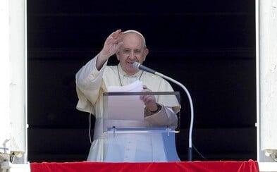 Ohováranie je horšie ako celý koronavírus, vyhlásil pápež František