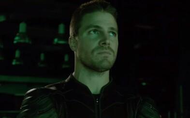 Olivera Queena čaká v piatej sérii Arrowa stretnutie s ruskou mafiou, nábor nových členov a ďalší tajomný záporák
