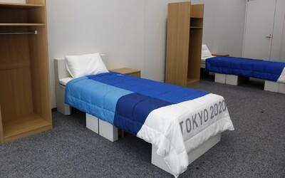Olympionici v Tokiu budou spát na postelích z recyklovaných krabic. Organizátoři chtějí, aby byla událost ekologičtější