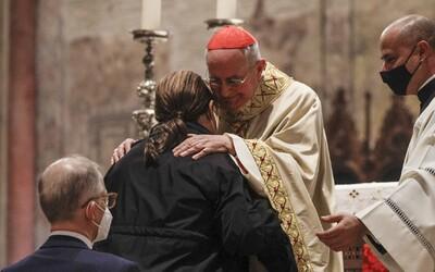 Omše sa od 15. októbra rušia. Do stredy majú kostoly výnimku, nevzťahuje sa na ne zákaz zhromažďovania
