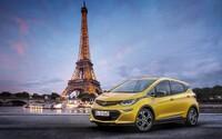 Opel zamiešal karty! Nová elektrická Ampera-e má väčší dojazd a výrazne nižšiu cenu ako najslabšia Tesla Model S