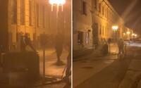 Opitý 17-ročný Slovák sa po centre Trnavy prechádzal s mačetou. Vraj si ju len šiel dať nabrúsiť