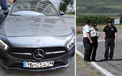 Opitý a nadrogovaný vodič na Mercedese zrazil 15-ročné dievča. Z miesta nehody ušiel