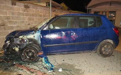 Opitý Slovák porozbíjal autá v autobazáre, spôsobil škodu v hodnote desiatok tisíc eur
