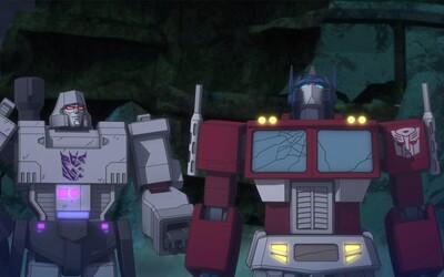 Optimus Prime, Megatron, Starscream a ďalší známi Transformeri sa prostredníctvom upútavky k 2. sérii animovaného seriálu vracajú do boja