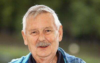 Opustila nás obrovská osobnosť. Juraj Slezáček prehral svoj boj s rakovinou