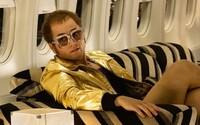 Orálny sex Eltona Johna so svojím manažérom v novom filme Rocketman prelomil historické tabu