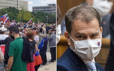 Organizátorovi protestu proti vláde Igora Matoviča hrozí mastná pokuta