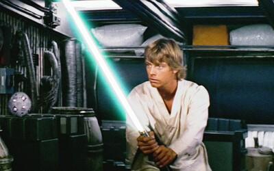 Originální světelný meč Lukea Skywalkera ze Star Wars jde do dražby. Jeho odhadovaná cena je 5 milionů korun