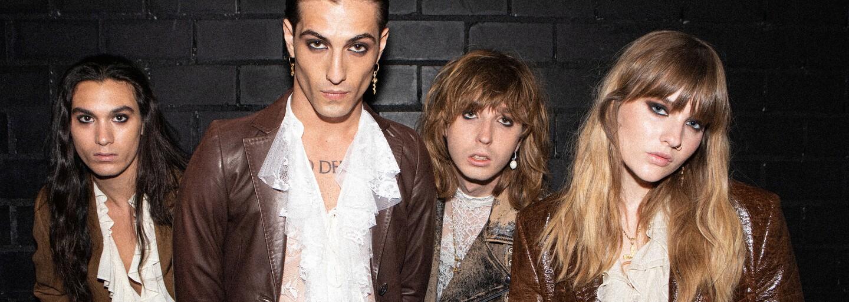 Osmdesátkový rock'n'roll, kinky oblečky a výrazný glamour make-up. Opravdu Måneskin přichází s něčím novým?
