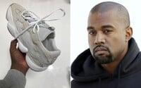 Osobný holič Kanyeho Westa sa na instagrame pochválil snímkami nového modelu Yeezy Runner z nadchádzajúcej kolekcie