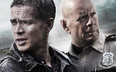 Ostrieľaný policajt Bruce Willis pátra v akčnom thrilleri po unesenom synovi burzového makléra Haydena Christensena