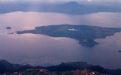 Ostrov s jazerom, ostrovom s ďalším jazerom a ešte aj tretím ostrovom. Svetovú raritu by si našiel na Filipínach