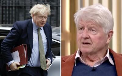 Otec britského premiéra se se synem neshodne. Požádal o francouzské občanství, karanténu vyřeší pivkem v hospodě