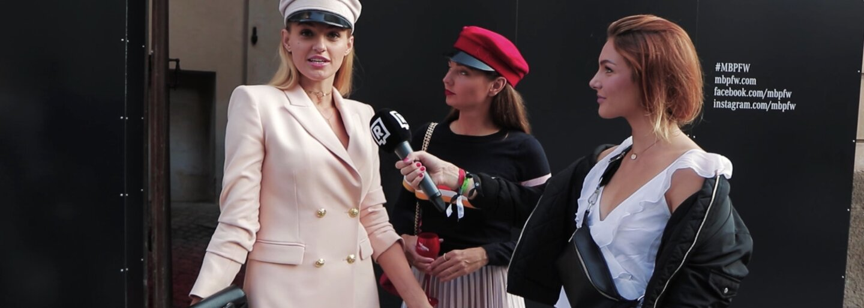 Outfit check: Čo si obliekli návštevníci pražského Fashion Weeku a aký je ich názor na second handy a udržateľnú módu?