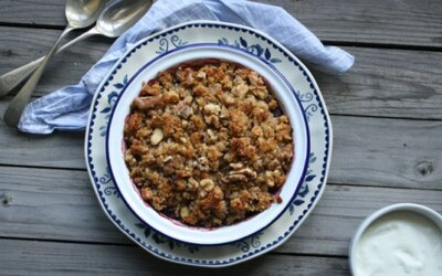 Ovocný, chrumkavý a zdravý crumble (recept)