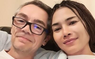Padesátiletého muže zabil ohňostroj přímo před zrakem snoubenky. Záchranáři mu už nedokázali pomoci