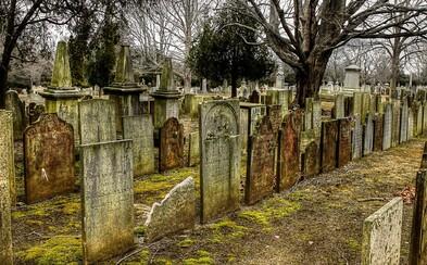 Pálenie rekta rozžeravenou ihlou, aby sa predišlo predčasnému pochovaniu? V minulosti bežný spôsob, ako podobným prípadom predísť