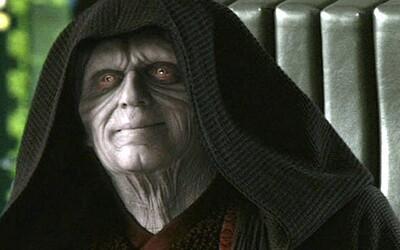 Palpatine bol klon. Star Wars: The Rise of Skywalker sa ďalej zamotáva do deja