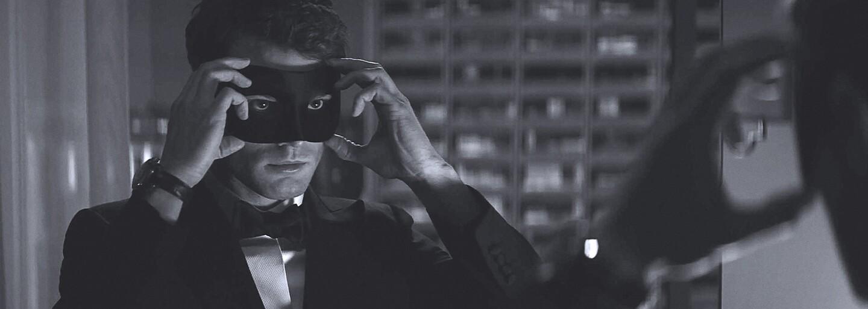 Pán Grey a Anastasia si užívajú Paríž na prvých záberoch pre pokračovanie Fifty Shades