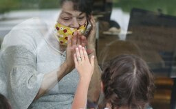 Pandémia koronavírusu môže trvať až dva roky, hovorí nová štúdia