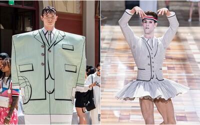 Pánské minisukně, gigantické kopačky a 2D obleky. Módní značka přehlídkou šokovala