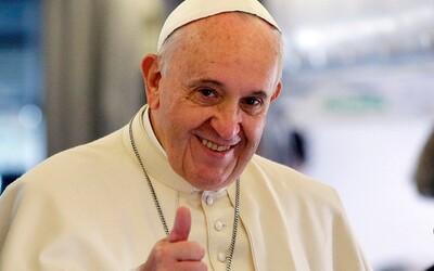 Pápež František si zahrá vo filme samého seba. Stane sa tak prvým pápežom, ktorý sa objaví pred kamerou